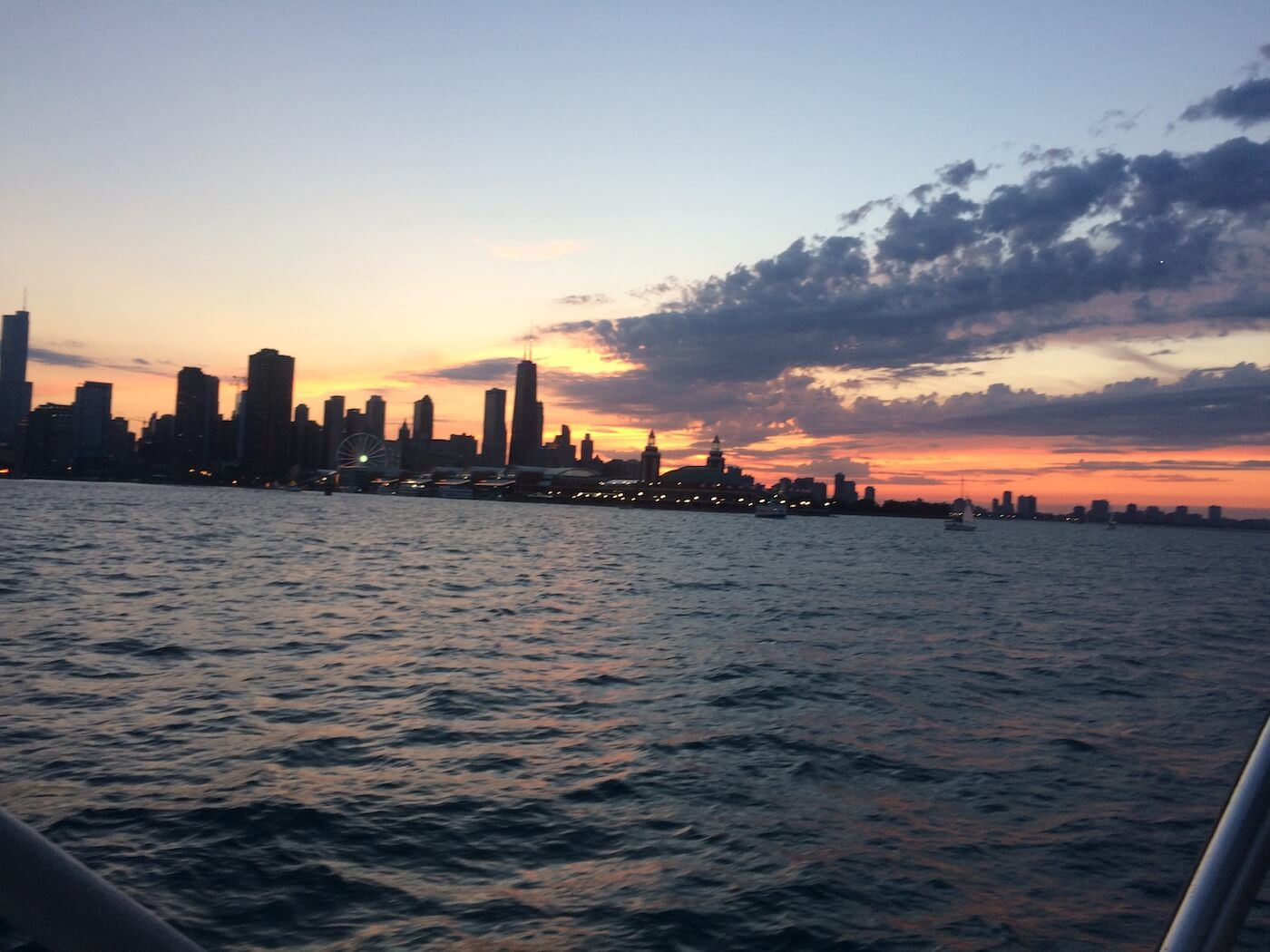 Chicago Boat Trips – Knock Out Charter Tours-1