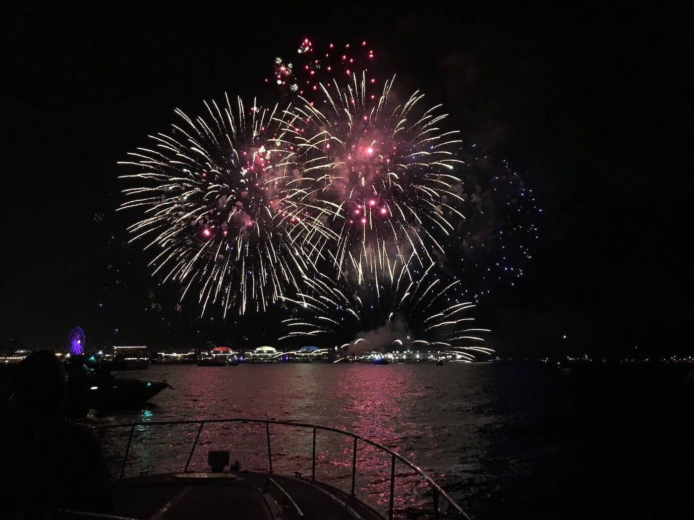 Chicago Fireworks Boat Tour – Knock Out Charters-2